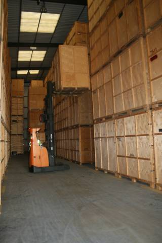 Warehouse storage for your archiving in Rainham
