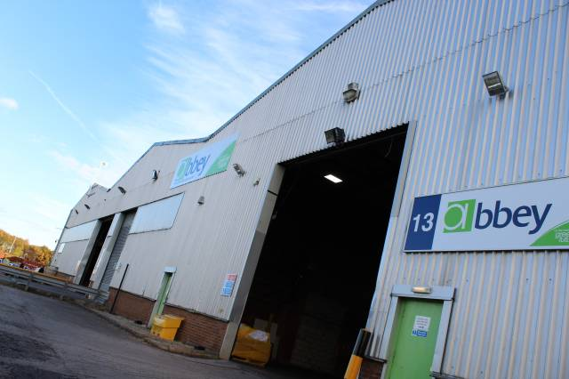 warehousing near Liverpool from logistics provider